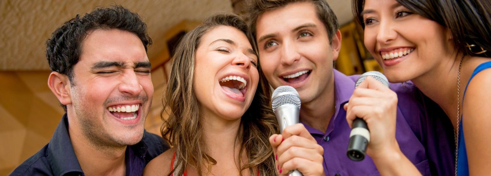 Alquilar-proyector-para-karaoke-e1431896181940