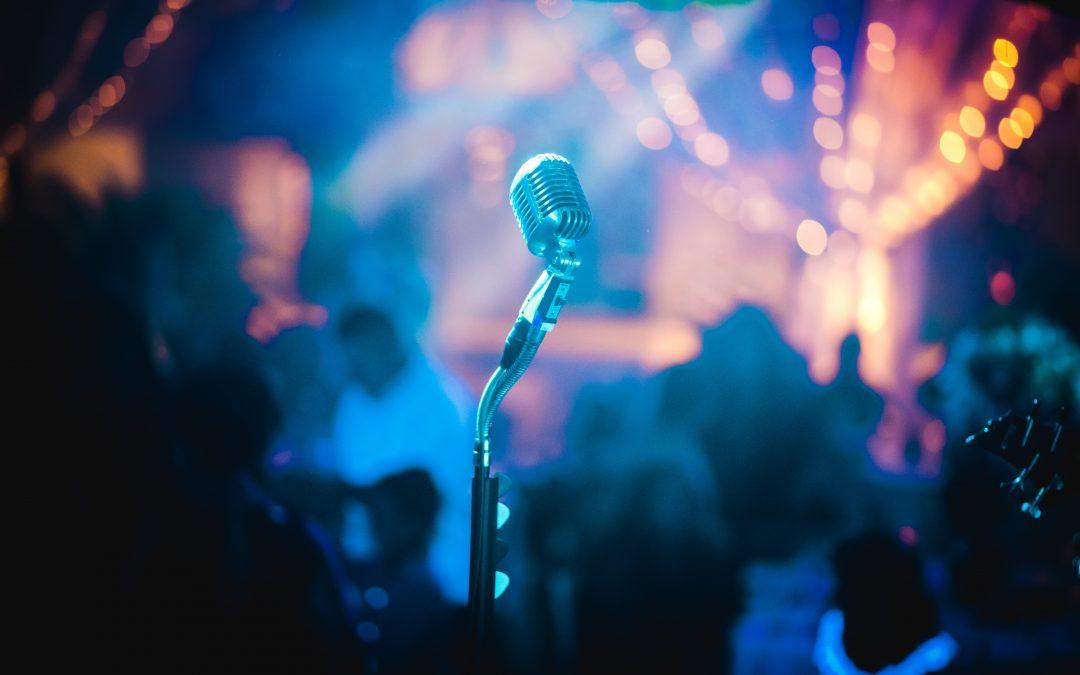 Comparación, ¿Karaoke online o Software de Karaoke?